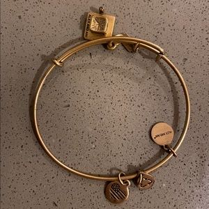 Alex & ani graduation bracket